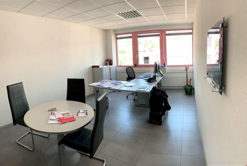 Vos bureaux très modulables de 35 à 200 m2 à Lonay