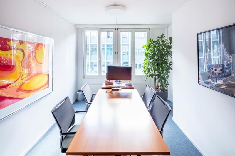 Parkplätze, Terrasse, Duschen - all you need - Helle und bezugsbereite Büros mitten in Zürich. (3)