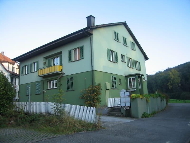 Günstige Wohnung in der Nähe des Bahnhofs zu vermieten!