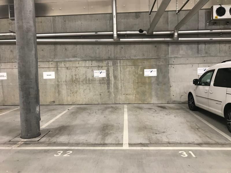 privater Parkplatz Sihlcity