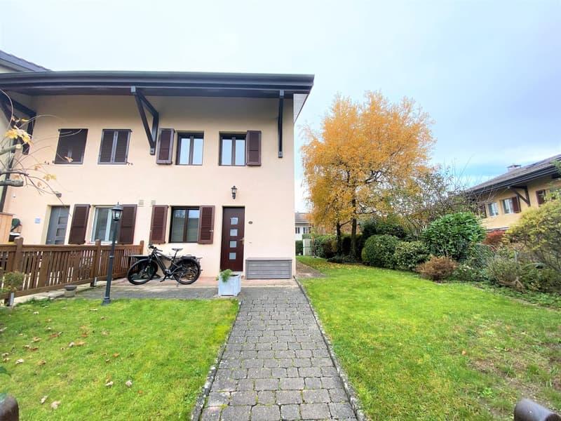 Belle maison jumelée de 6P à Bernex.