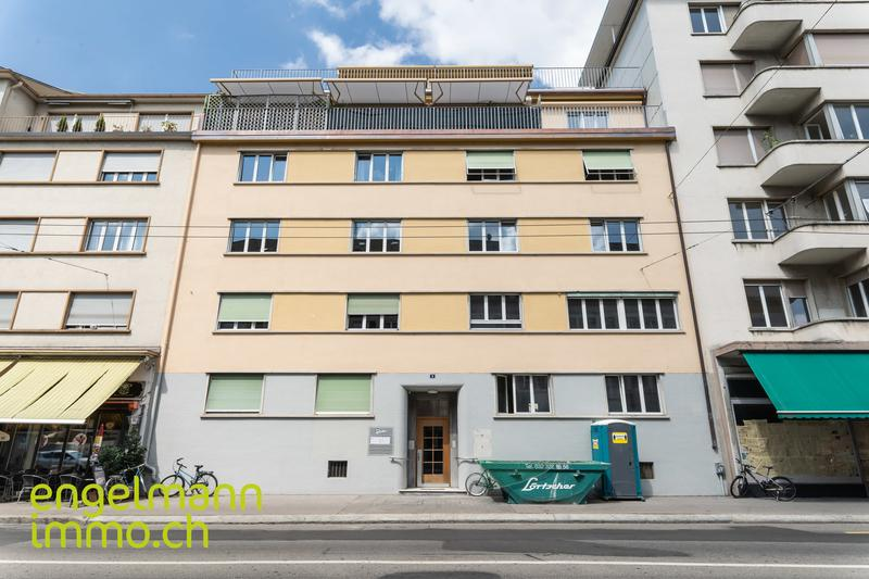 3 Zi-Wohnung mit Balkon / 3pcs avec balcon