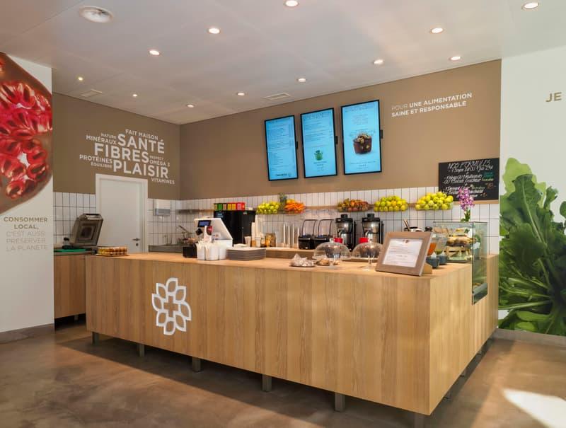 Boutique  85m2  pout toutes activités avec possibilité de licence tea room/restaurant avec terrasse