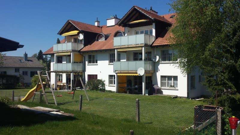 3.5-Zimmer-Dachwohnung mit Blick ins Grüne