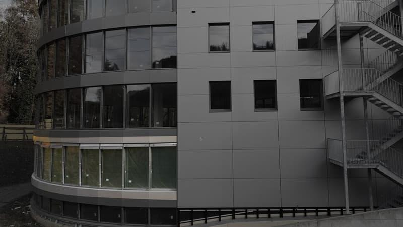 Topmoderne Büroräumlichkeiten im neuen Geschäftszentrum HALTEN, geeignet für Grossraumbüro (3)