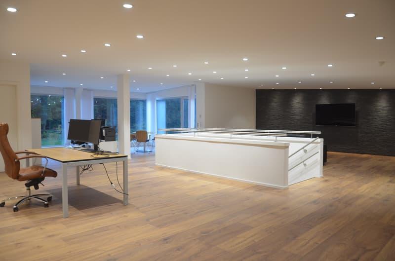Moderne Büro- / Gewerbefläche mit guter Verkersanbindung