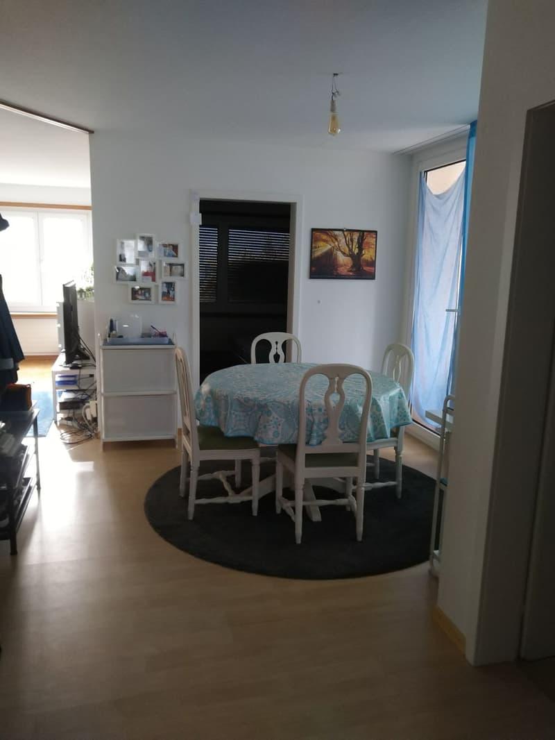 An sehr ruhiger Lage wartet diese schöne & gepflegte 4.5-Zimmerwohnung auf neue Mieter