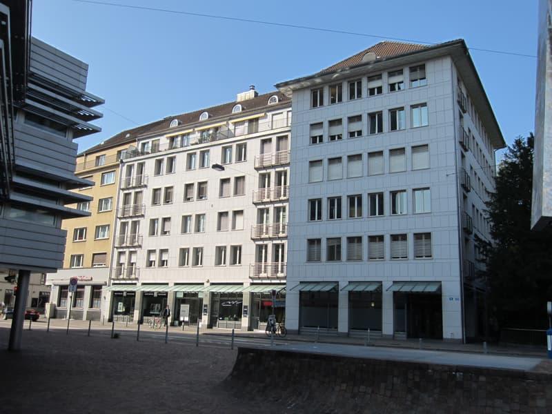 Vielseitig nutzbares Studio im Erdgeschoss an zentraler City-Lage.