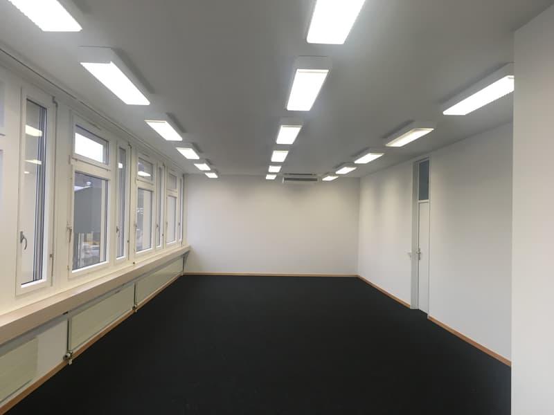 Voll ausgebaute und sofort bezugsfähige, attraktive, renovierte, helle Büro-/Gewerberäume (50-500m²)
