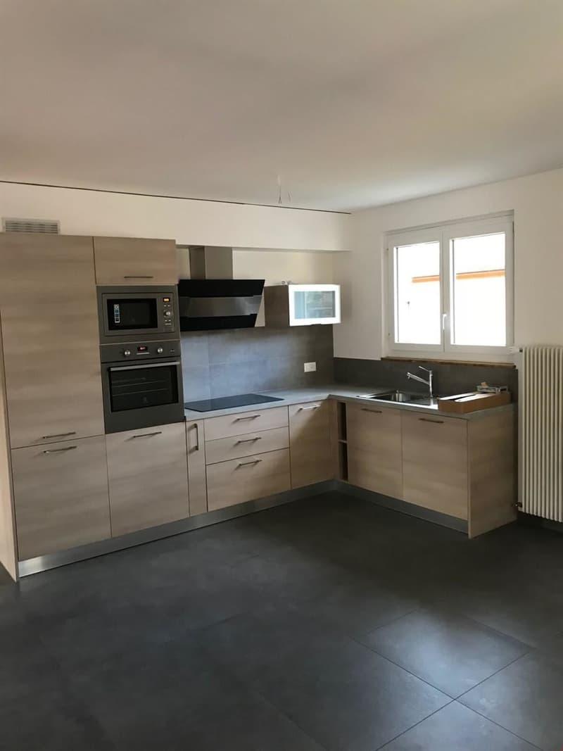 Appartement de 3 pièces proche de toutes les commodités (1)