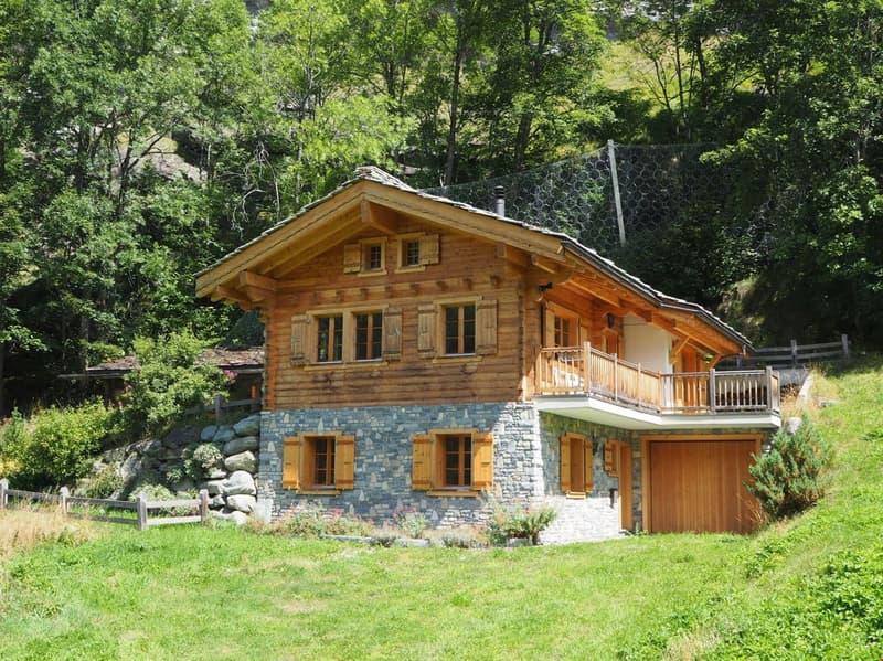 Chalet 140 m2 - propriété arborisée - Evolène