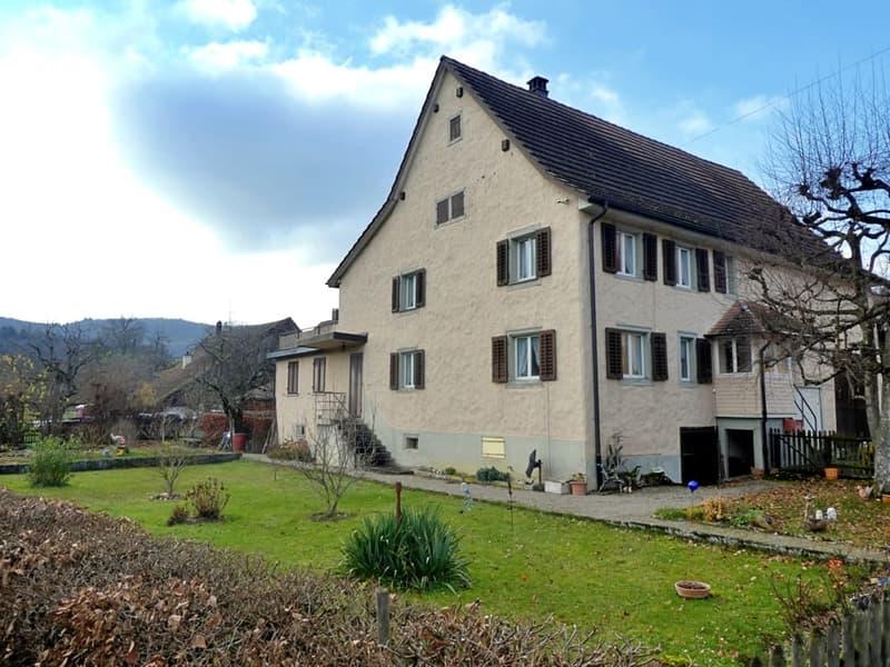 Bauernhaus mit Ausbaupotenzial in Hofen