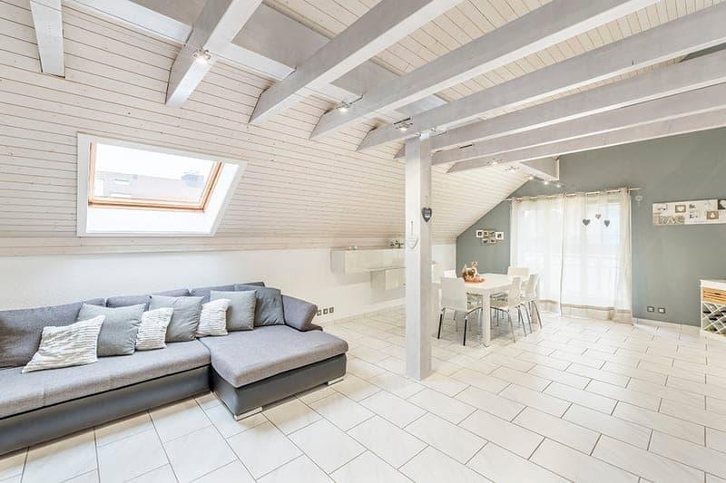 4.5 Zimmer Maisonette-Wohnung im Grünen