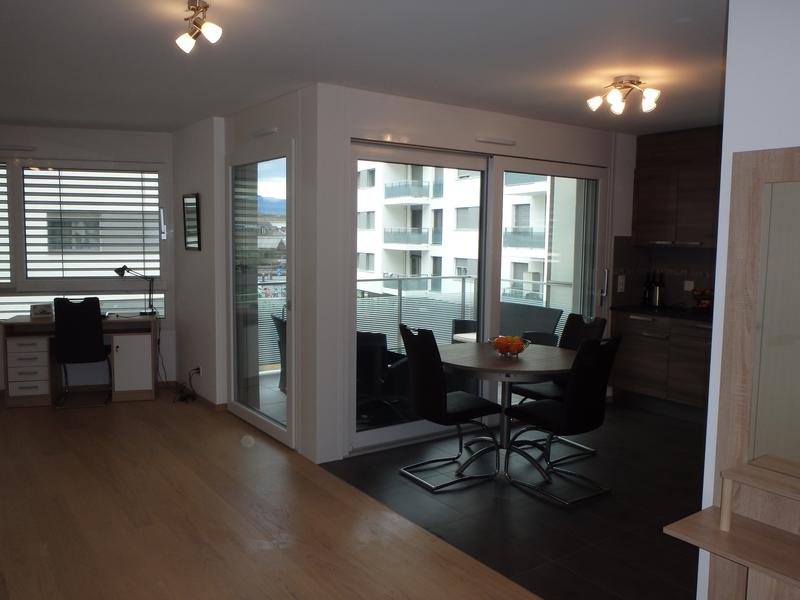 Appartement meublé/Furnished apartment