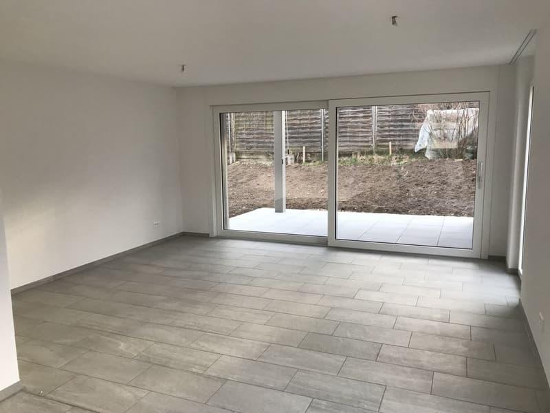 Komfortable 2.5 Zi-Wohnung im Erdgeschoss (3)