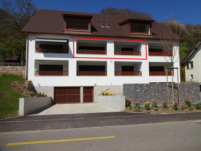 Gemütliche Wohnung mit grossem gedecktem Balkon
