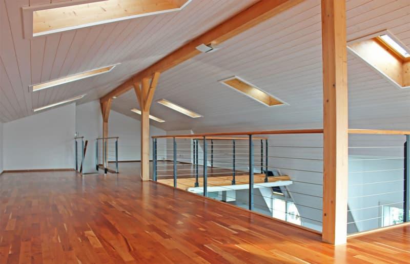 Individuelle 4.5 Z. Dach-Maissonette Wohnung lädt zum Entspannen und Geniessen ein