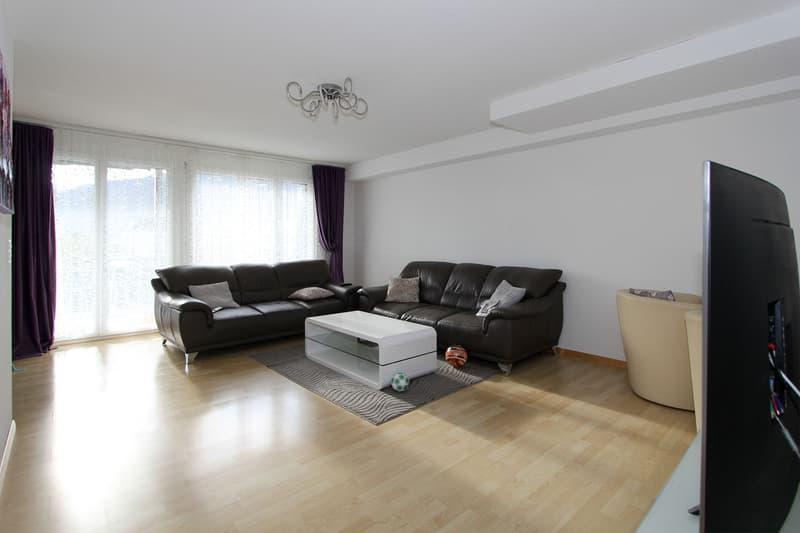 3.5-Zimmer-Wohnung an zentraler und sonniger Lage