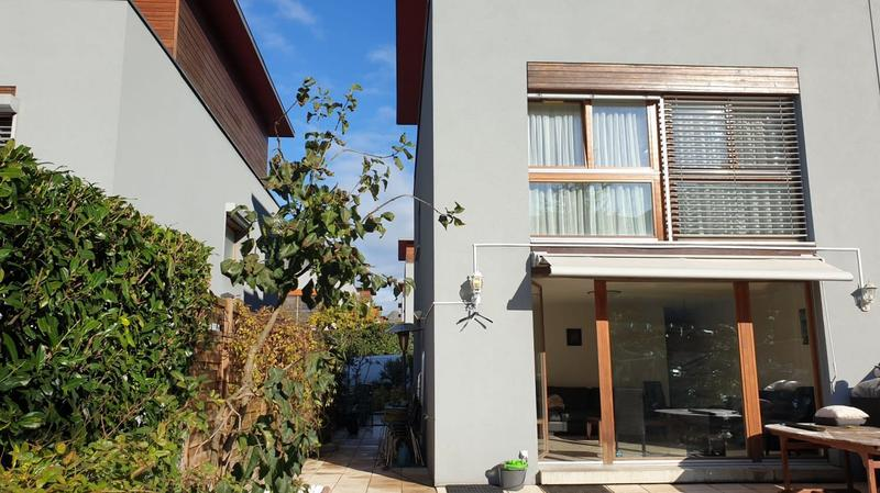 Maison moderne avec 4 chambres proche de Balexert.