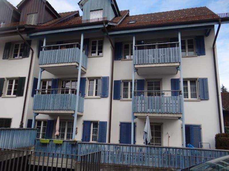 2.5-Zi-Wohnung im Zentrum von Hinwil mit Balkon