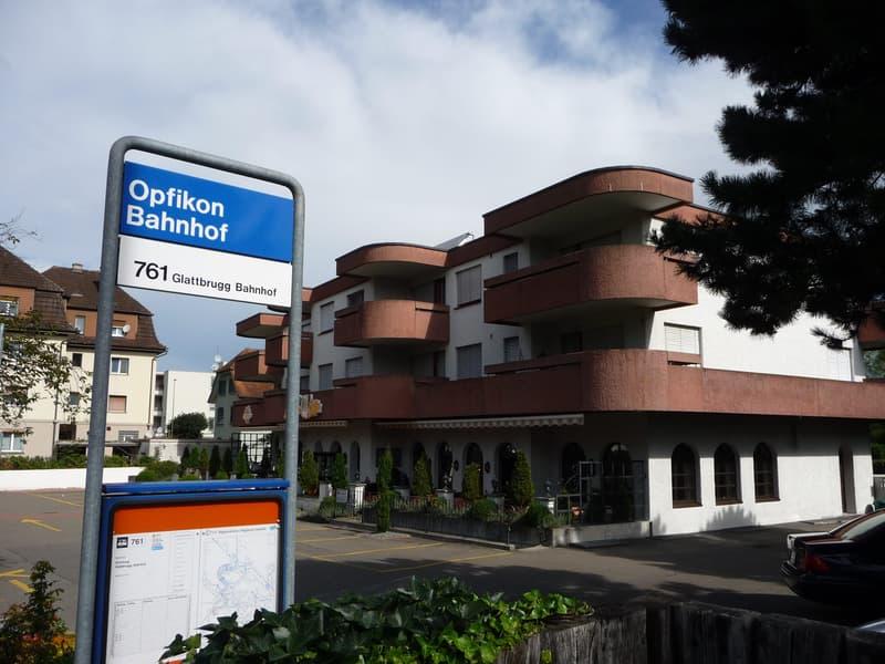 Möbl. 1-Zimmerappartement mit bester ÖV-Anbindung an Flughafen und Zürich