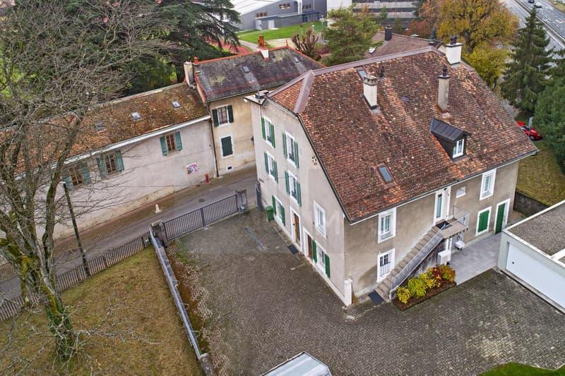 Ancienne maison rurale entièrement rénovée comprenant trois appartements