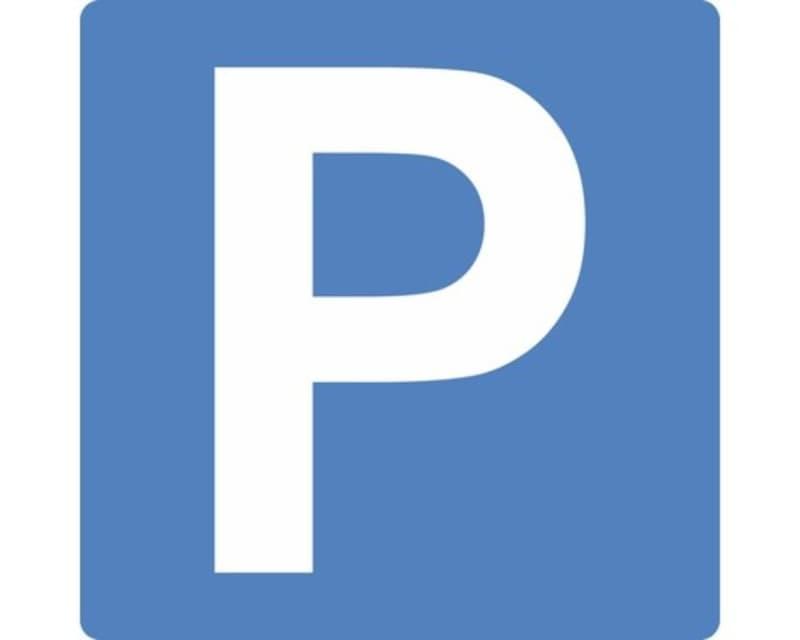 Parkplatz in Tiefgarage zu vermieten