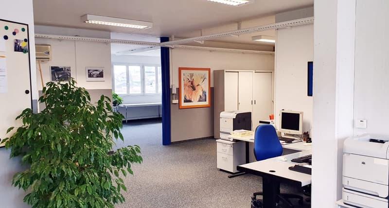 Repräsentative, helle Büroräume 155m2