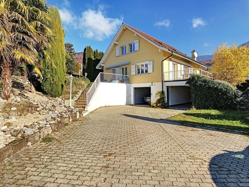 SITUATION EXCLUSIVE I Magnifique villa familiale avec vue sur le lac