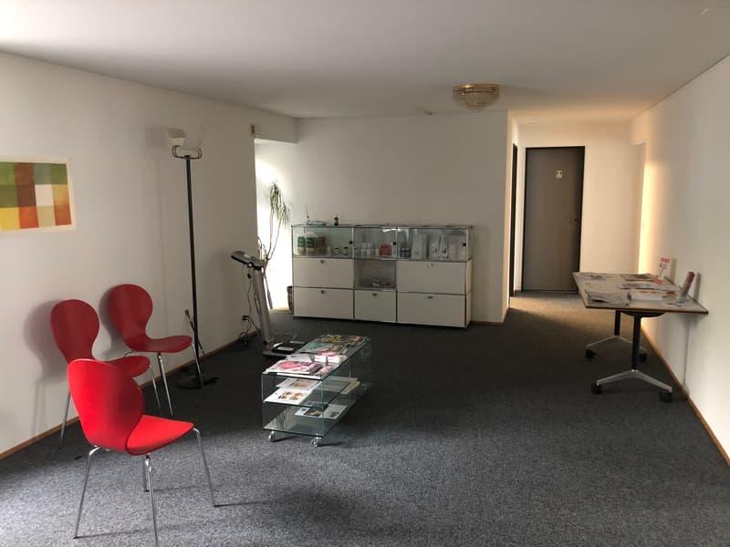 Büro-/Praxisraum ca. 20m2 an zentraler Lage (Liestaler Altstadt/Törli)