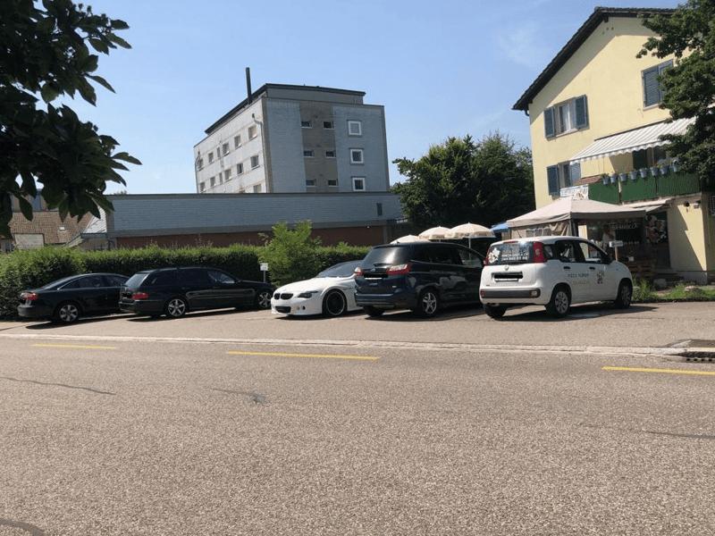Freie Parkplätze