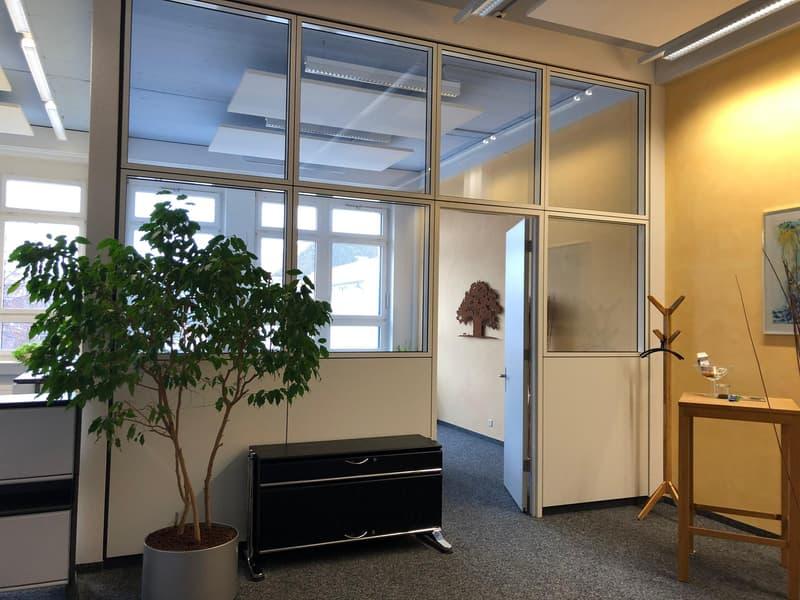 """Helle, hohe Büroräume im historischen """"Schleife-Areal"""" (4)"""