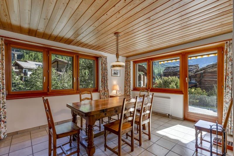 Einfamilienhaus in erstklassiger Lage in Winkelmatten (1)