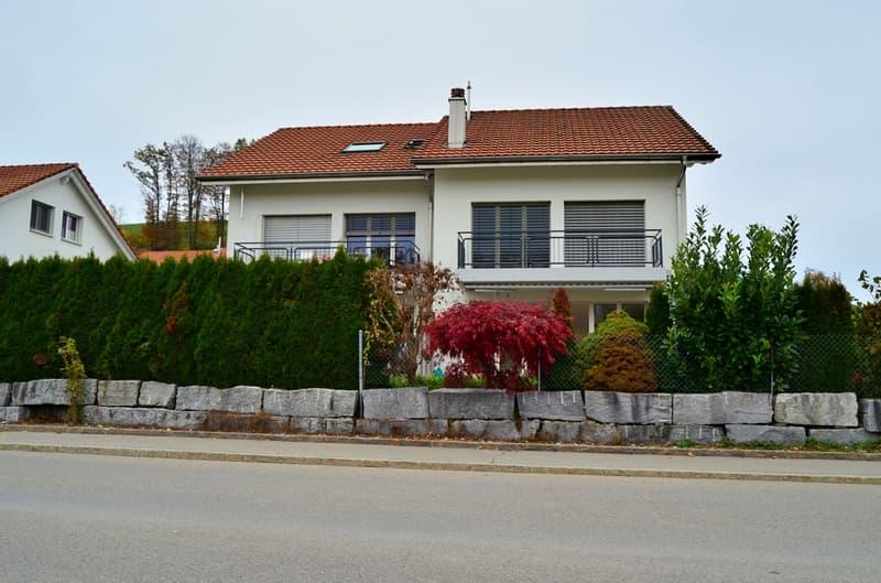 Gepflegtes 5.5 Zimmer- Einfamilieneckhaus
