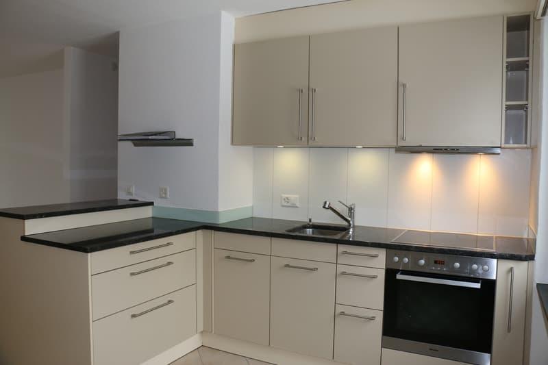 Küche Wohnung links