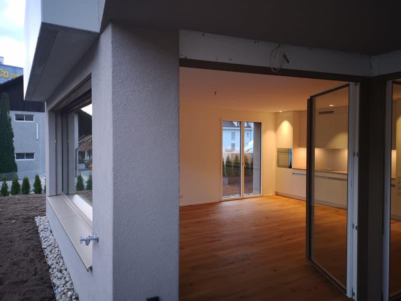 Erstvermietung - Gemütliche 2.5-Wohnung mit grossem Garten