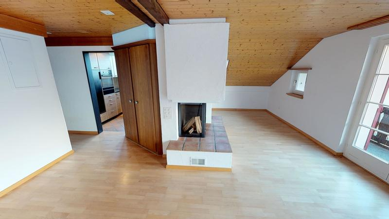 wunderschöne 4.5-Zimmer-Dachwohnung in Mühlehorn