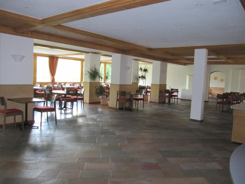 150 m2 Lagerraum/Präsentationsfläche oder Atelier zu vermieten
