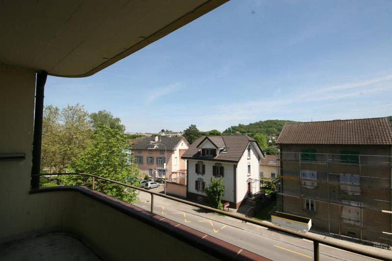 Balkon gross