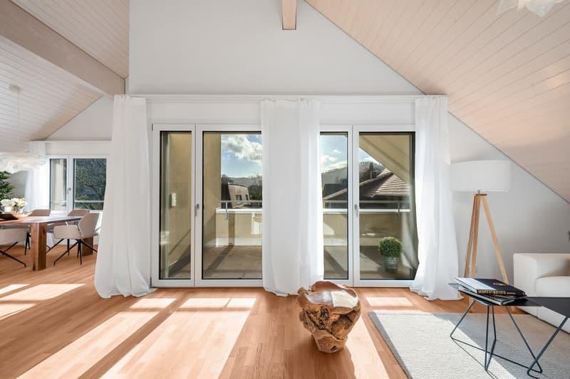 Erstvermietung mit Sicht ins Grüne - Letzte 4.5 Zimmer-Dachwohnung