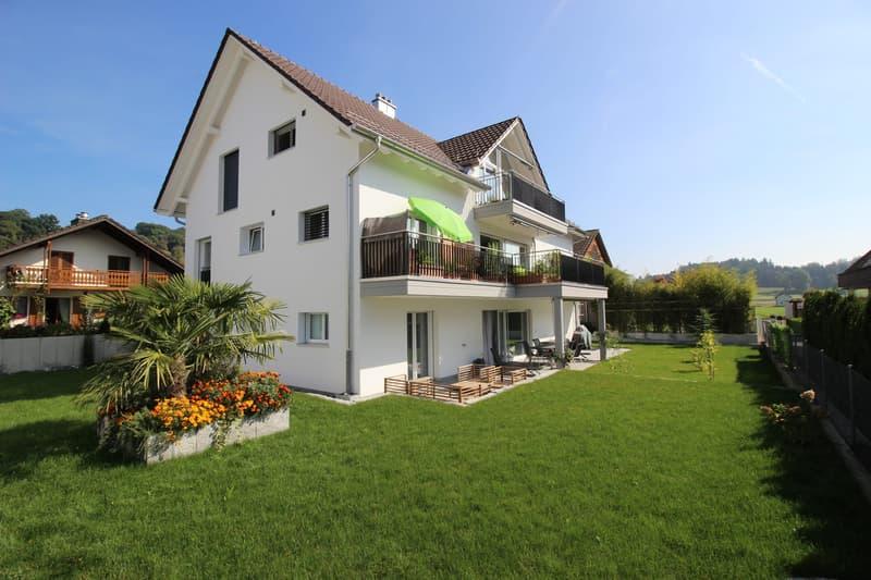 Familienfreundlich, Modern, Ruhig und sehr zentral, 5 1/2 Zimmer Wohnung in Zufikon