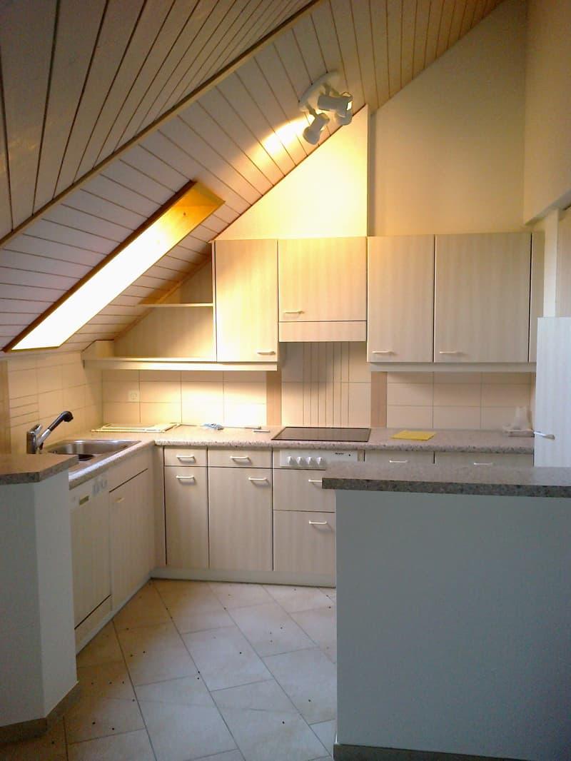 Küche mit Dachfenster