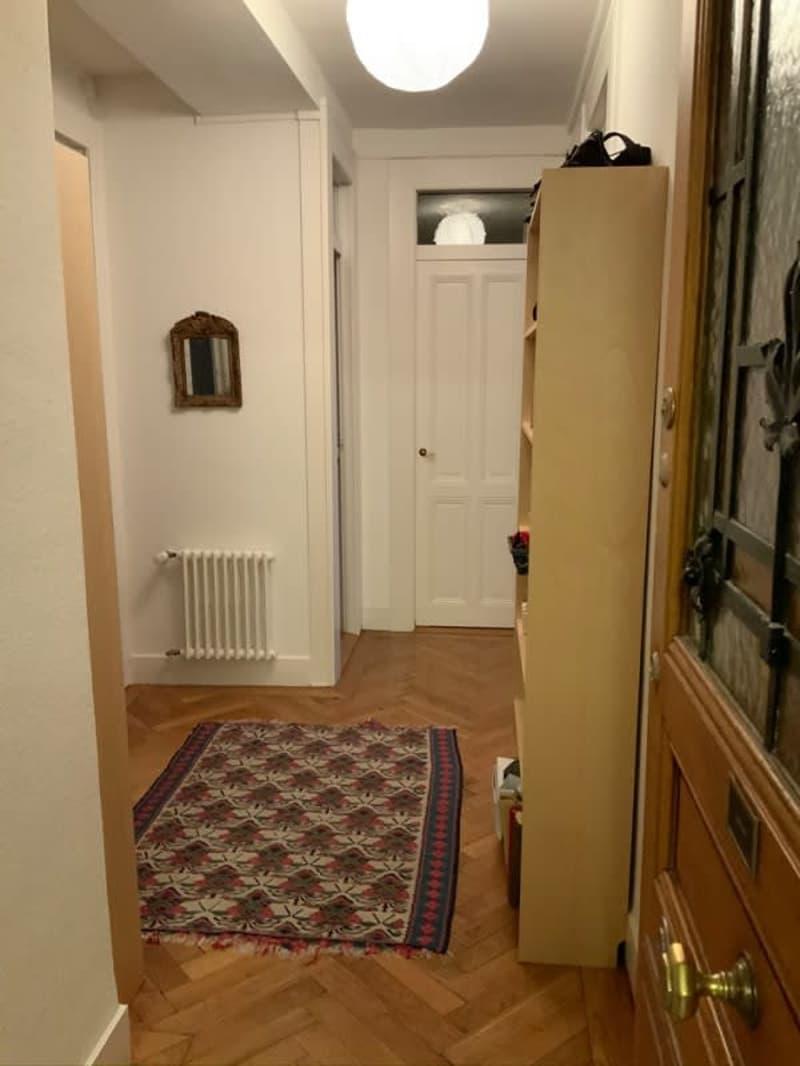 Superbe appartement traversant de 4 pièces situé aux Eaux-Vives.