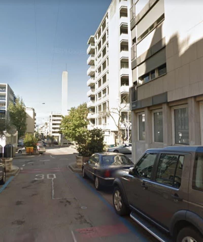 Bel appartement de 2 pièces situé aux Eaux-Vives.
