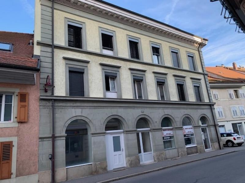 MAUBORGET 22, Local commercial