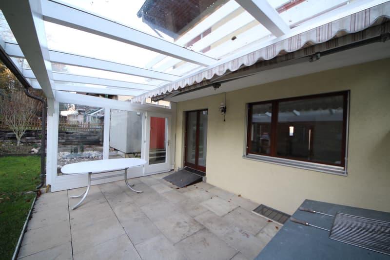 Gepflegtes Reihen-Eck-Haus mit Einzelgarage und Abstellplätzen (2)