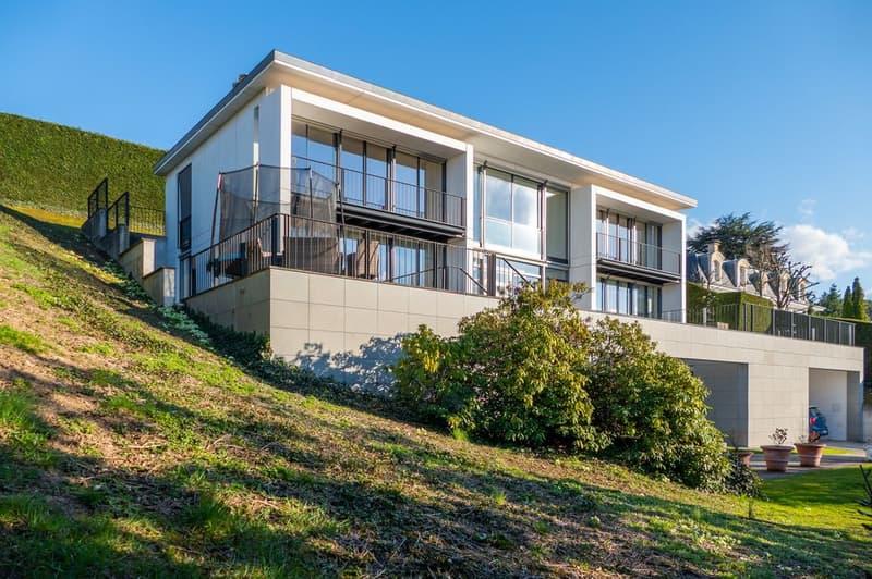 Maison contemporaine avec une sublime vue lac à Cologny (1)
