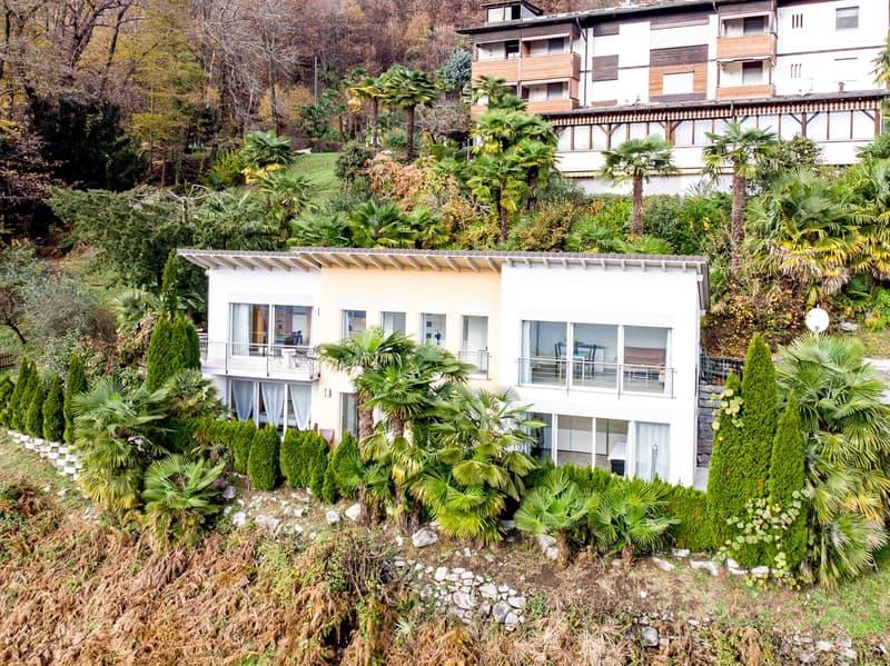 Moderne Villetta mit See- und Bergsicht