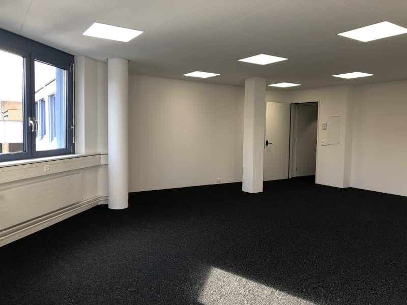 Neu ausgebaute Büros - komplett saniert - ab 55 m2 bis 66 m2