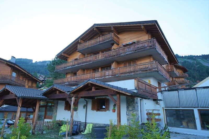 3.5 pièces avec balcon et place de parc - Anzère
